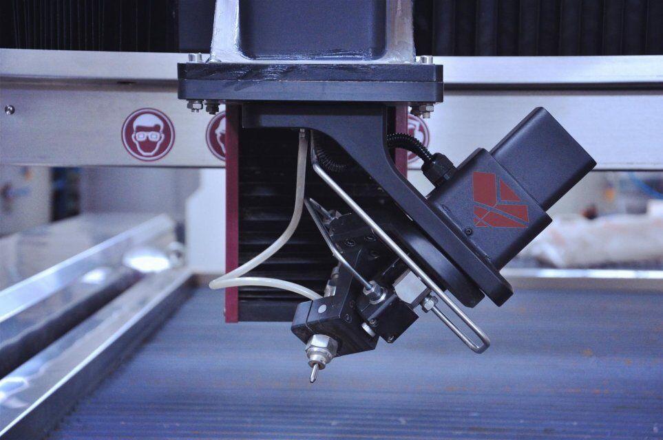 3D 5axis waterjet cutting head.jpg